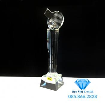 Cúp lưu niệm pha lê giải bóng bàn M50