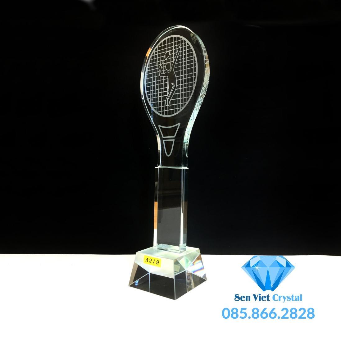 Cúp lưu niệm pha lê giải quần vợt giá rẻ nhất