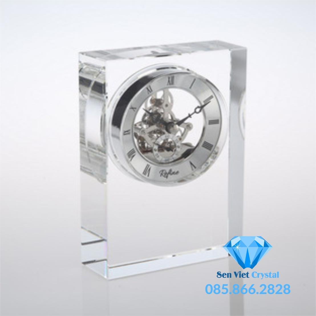 Đồng hồ pha lê M06