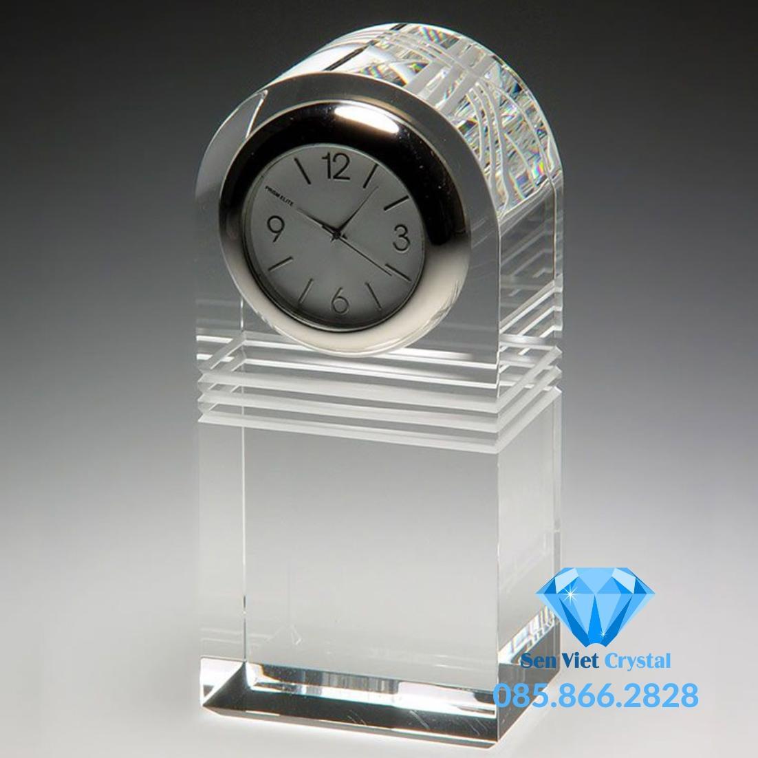 Đồng hồ pha lê M09