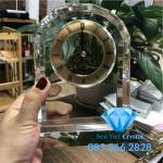 Đồng hồ pha lê M10