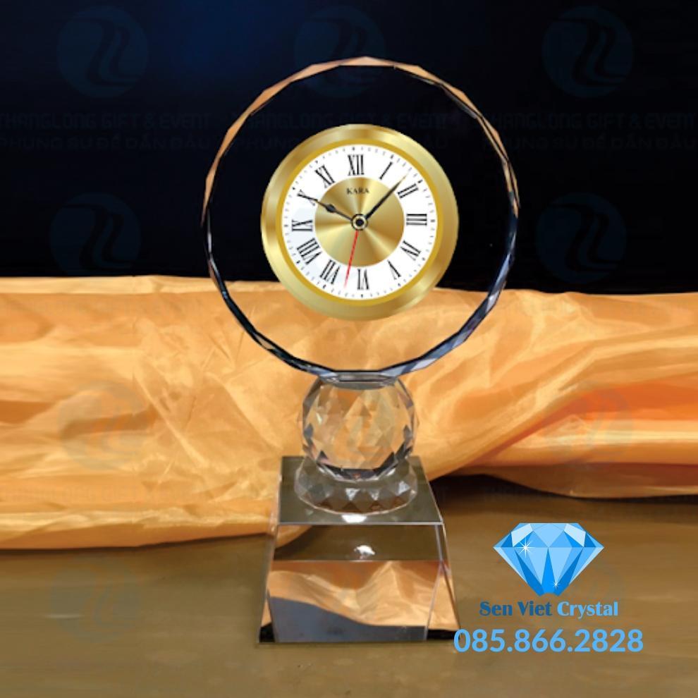Đồng hồ pha lê M13