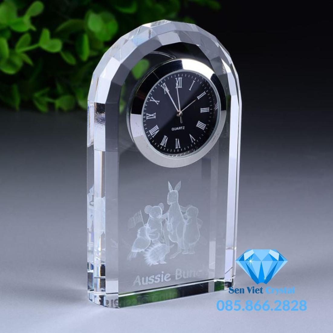 Đồng hồ pha lê M08