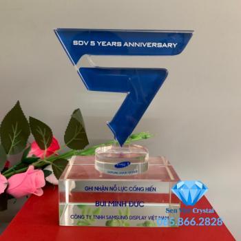 Bộ số kỷ niệm pha lê 5 năm M3