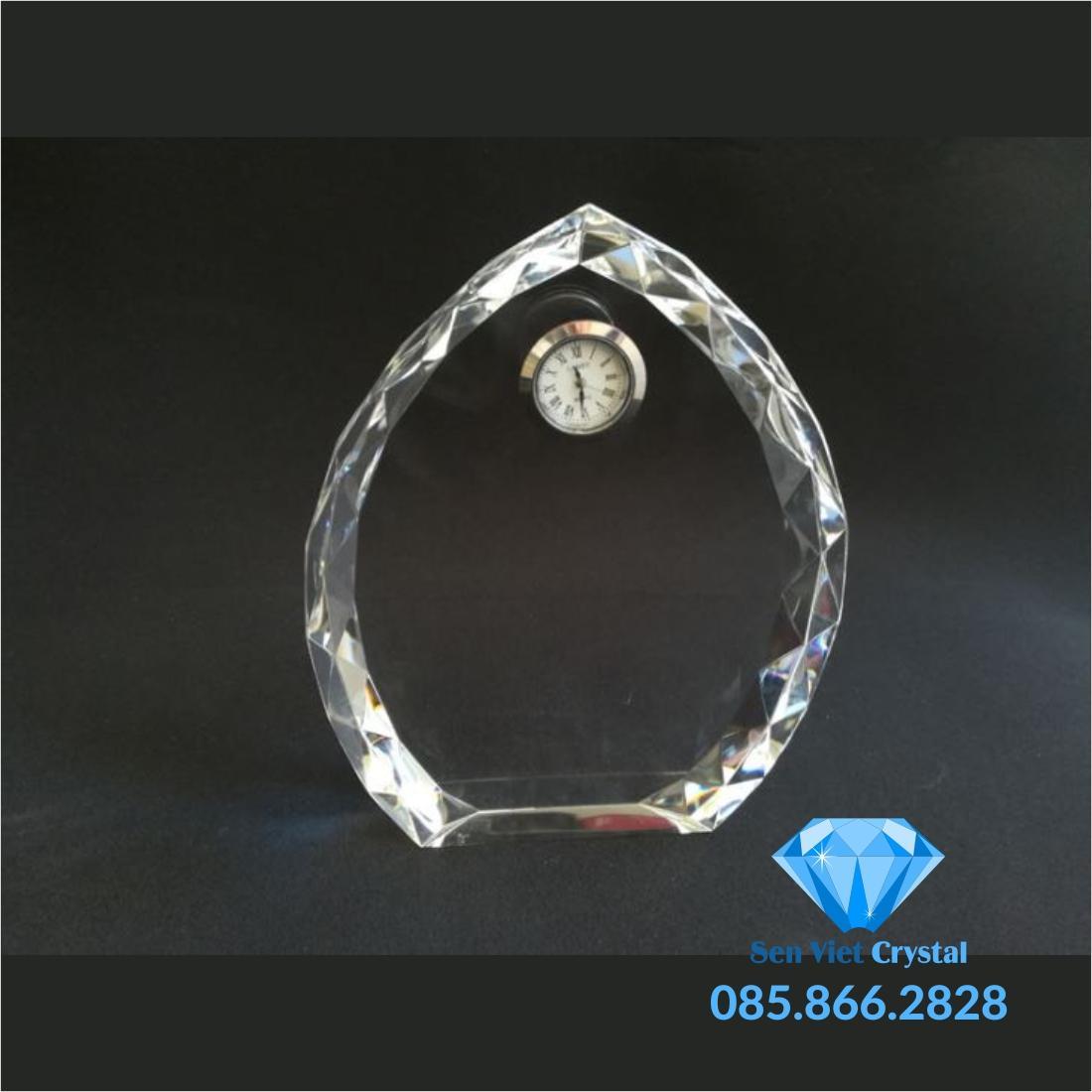 Đồng hồ pha lê M02
