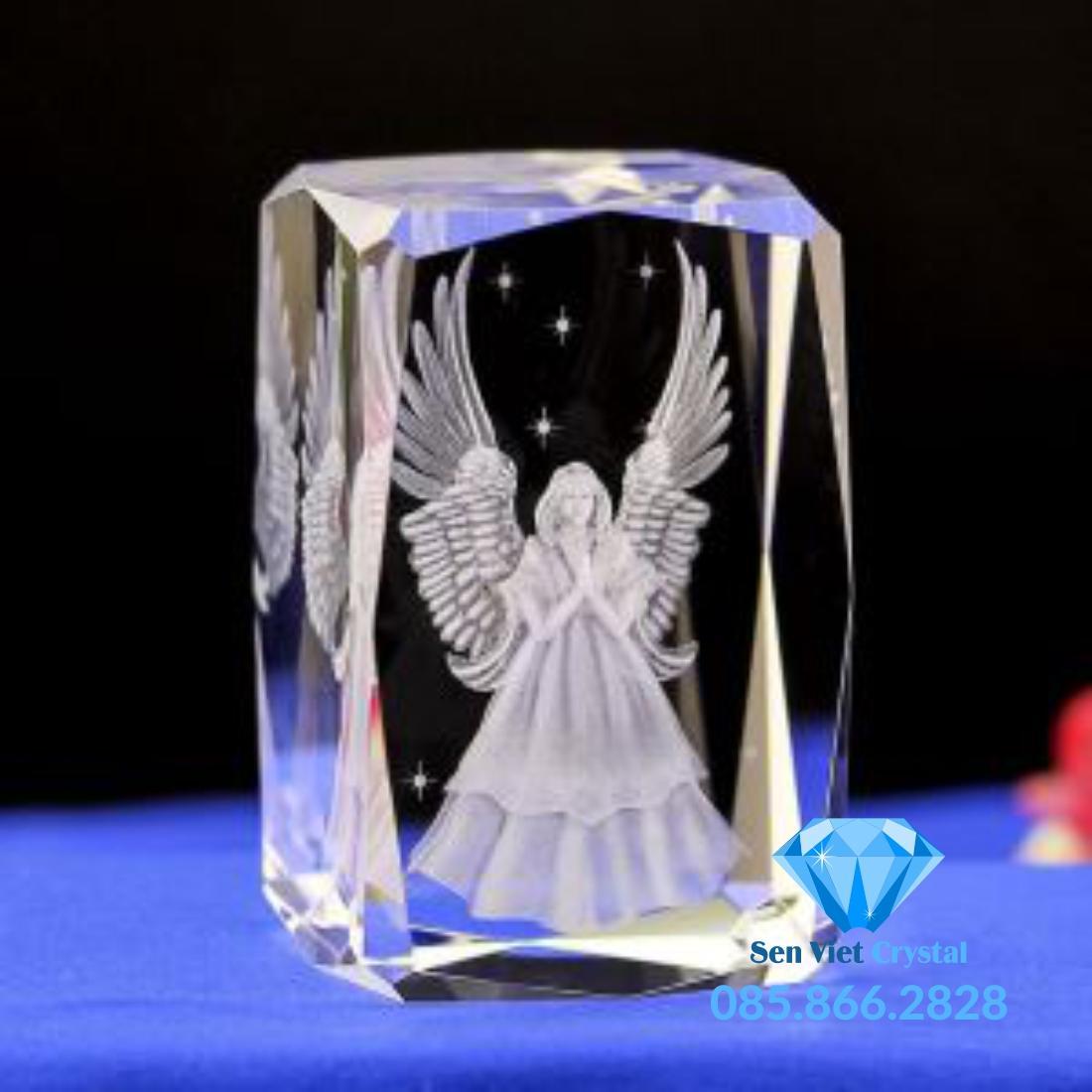Khối pha lê 3D khắc hình thiên thần