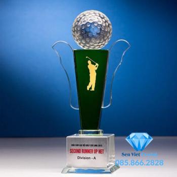 Cúp pha lê giải Golf M06